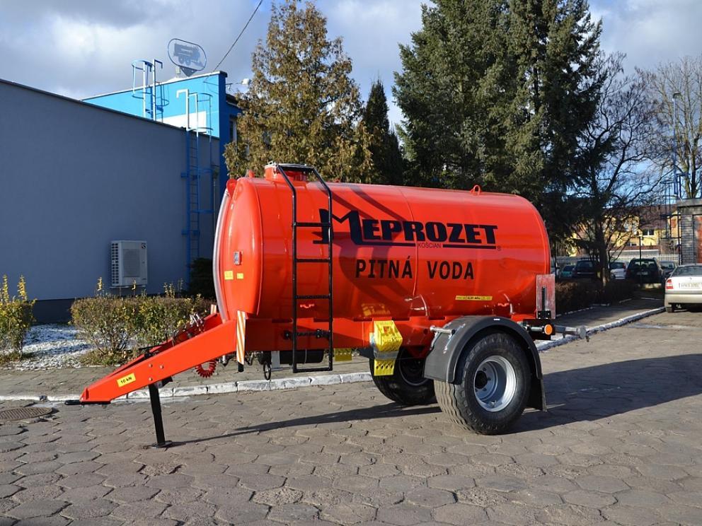 Cisterna pro PITNOU VODU