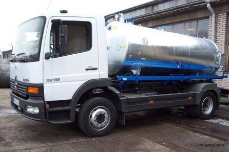 Nástavby na nákladní automobily
